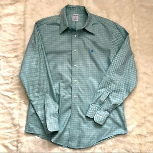 Men's Brooks Brothers button down, L